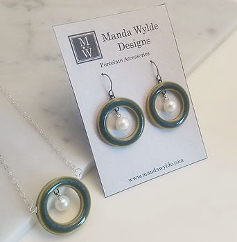 Porcelain and Pearls Gift Set Earrings and Necklace