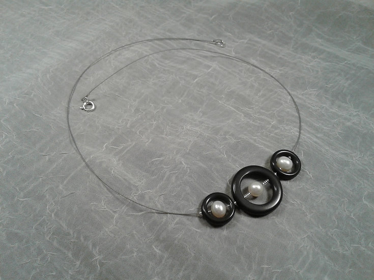 Timeless Elegance Grande Trio Black with White Pearls Necklace