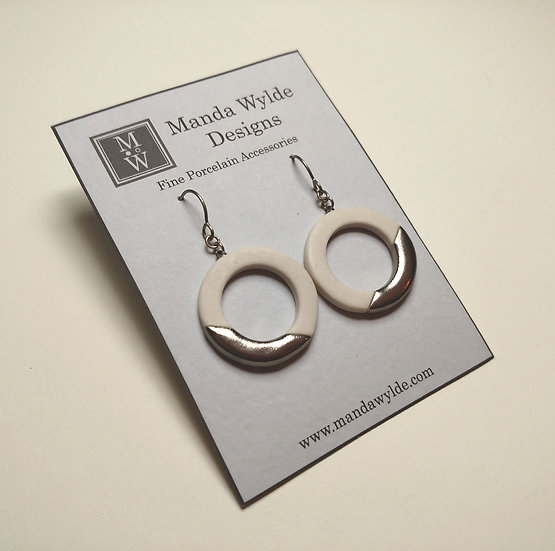 White and Platinum Lustre Ring Earrings: Diagonal