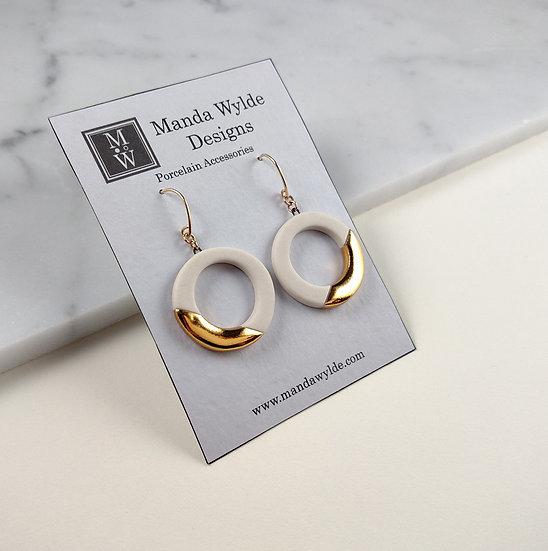 White and Gold Lustre Ring Earrings: Diagonal