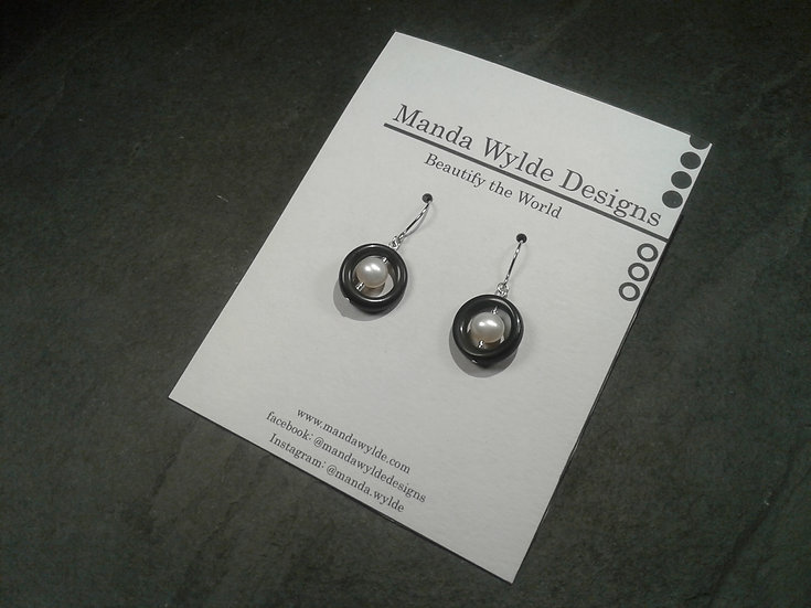 Timeless Elegance Single Black with White Pearl Earrings