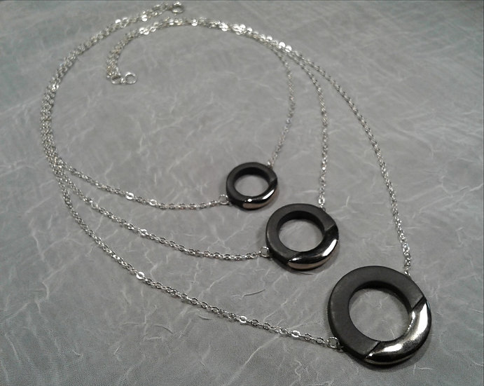 Black and Platinum Lustre Ring Trio Necklace