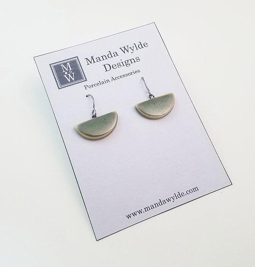 Small Chandelier Earrings in Brilliant Moss