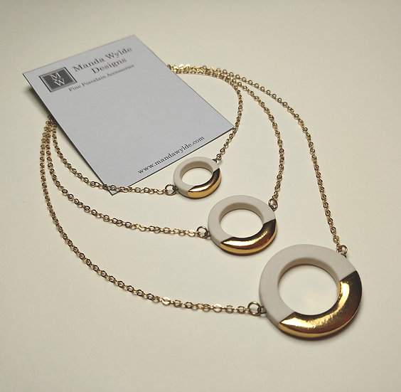 White and Gold Lustre Ring Trio Necklace