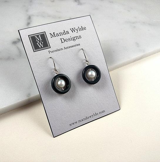 Timeless Elegance Single Pearl Earrings in Black