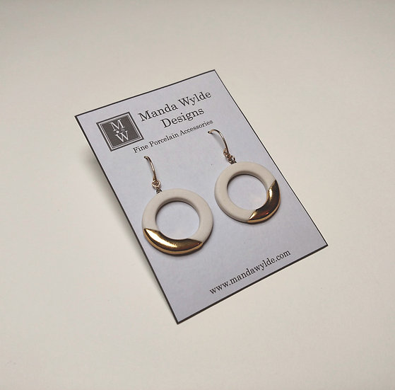 White and Gold Lustre Ring Earrings: Diagonal