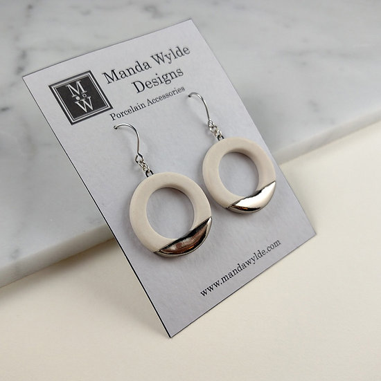 White and Platinum Lustre Ring Earrings: Horizontal