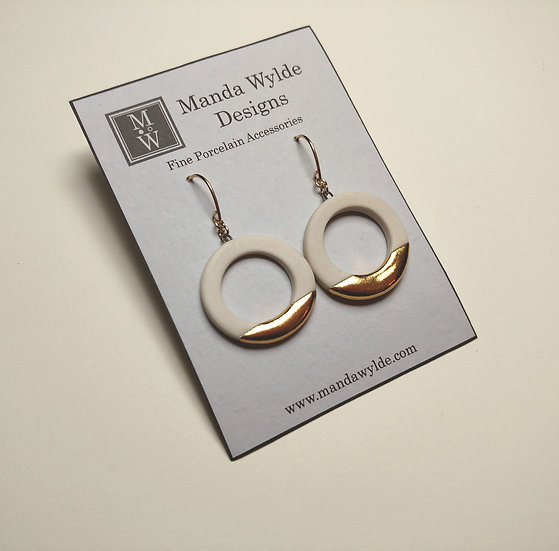 White and Gold Lustre Ring Earrings: Horizontal
