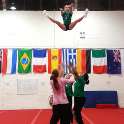 Toe touch Basket