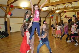 children cheerleading cheer party parties bucks high wycombe marlow berkshire oxfordshire