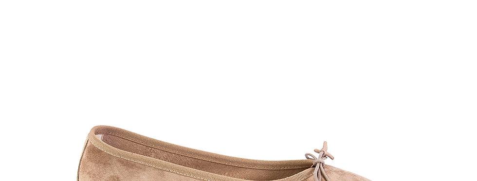 ballerina scamosciata in color sabbia