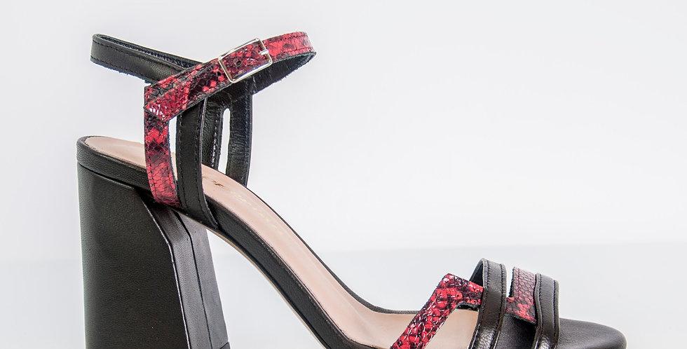 Sandalo con tacco largo pitonato
