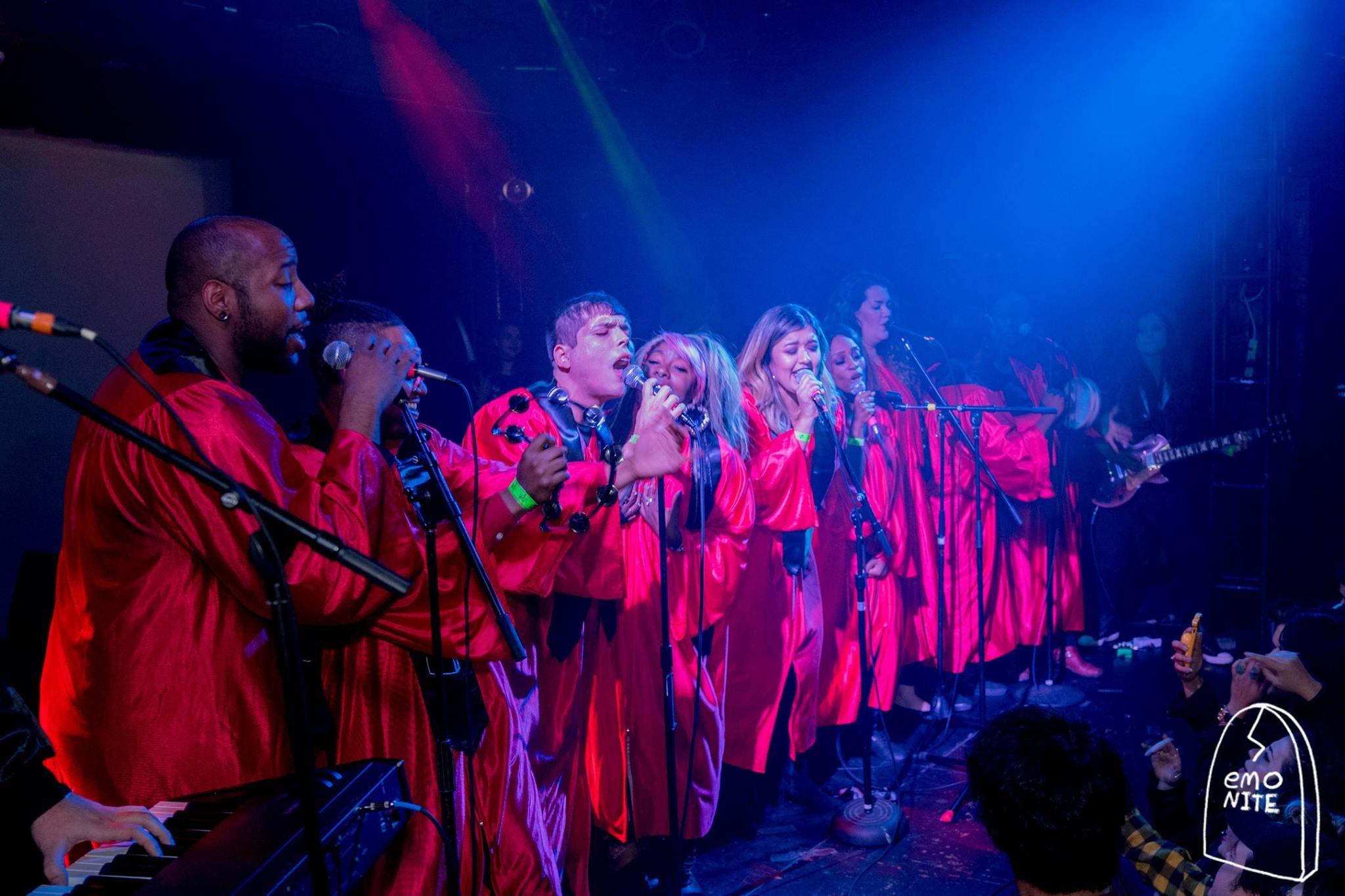 RAISE opens at EmoNite - metallic red ro