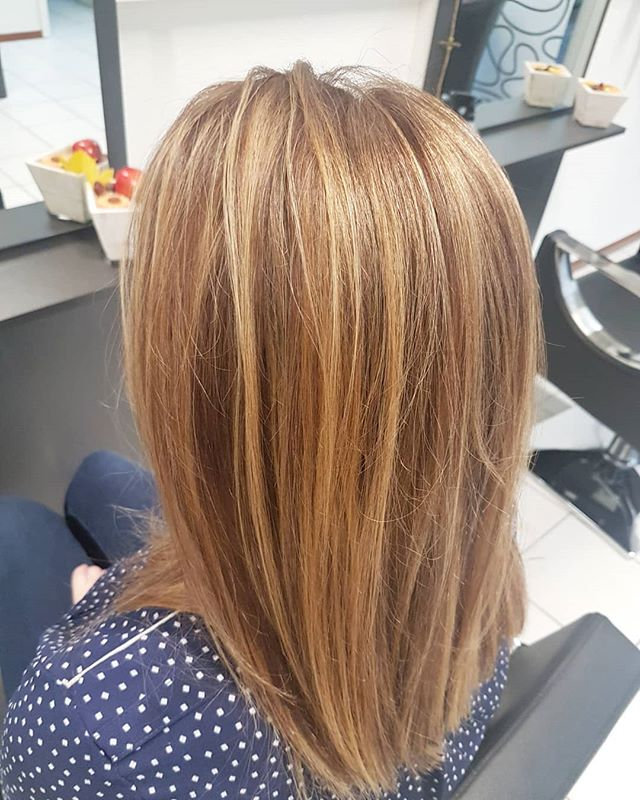 Couleur, coupe et brushing  femme