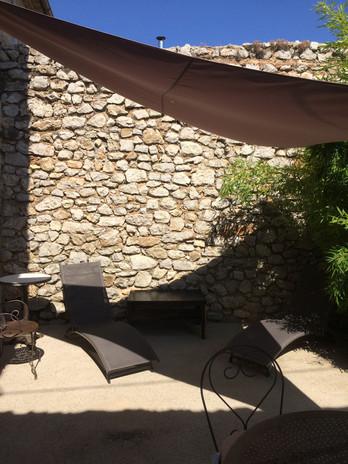 Terrasse chambre rez de jardin.JPG