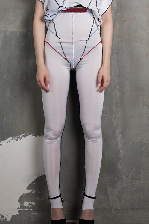 Reconstructed tights                                                    C2L02B01
