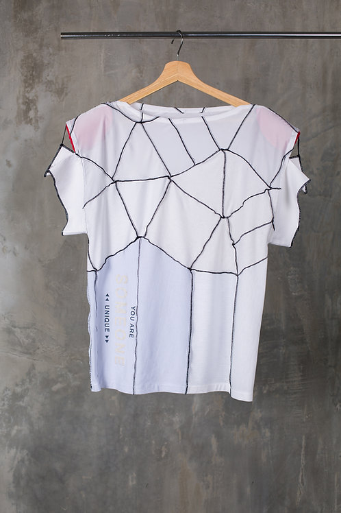 Reconstructed oversized padded shoulders T-shirt C2L02T01