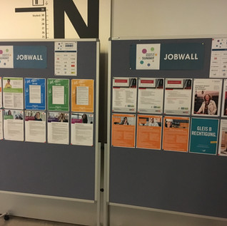 Jobwall0.JPG