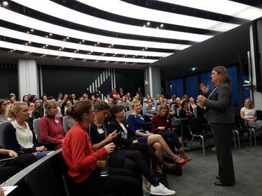 Vortrag von Christa Koenen