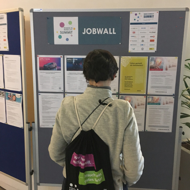 Jobwall5.JPG