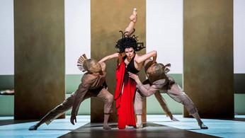 Кутюр, Боги и Демоны, пленные узники - один вечер на сцене Ковент Гарден