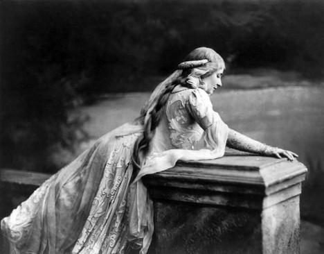 Мэри Гарден — о важности итальянского языка, Дебюсси, актерской игре и карьере