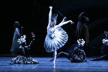 125-летие самого новогоднего балета в мире: шемякинский «Щелкунчик»