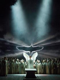"""Wagner's """"Lohengrin"""" at the Deutsche Oper Berlin"""