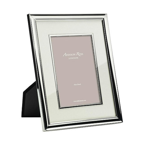 SILVER PHOTO FRAME WITH CREAM MOUNT & BEZEL