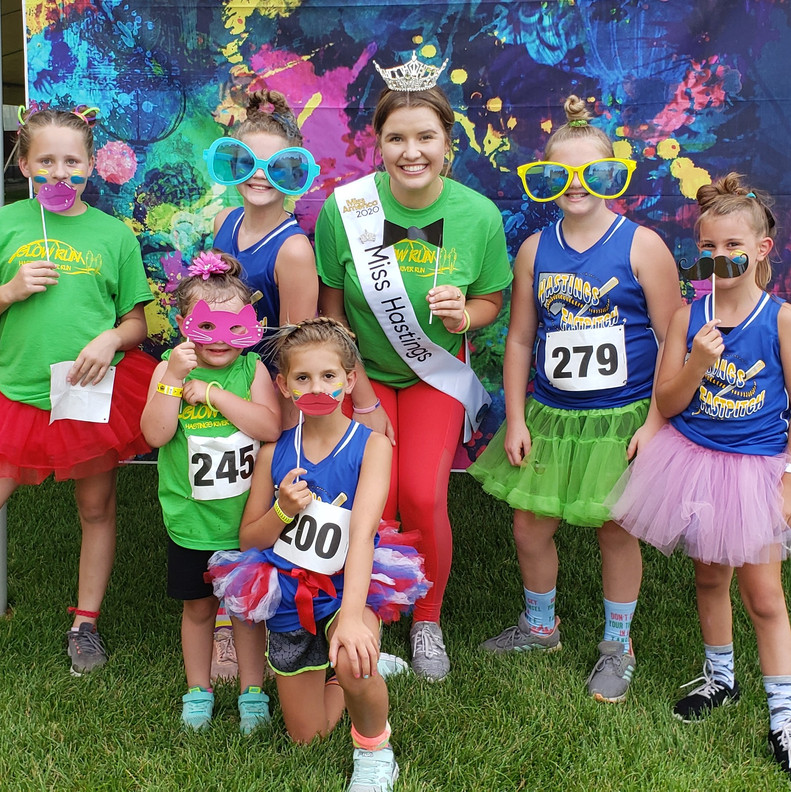 MH 20 Y Run Photo Op with Kids 7-18-2019