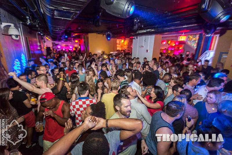 Weekend in D.C., Clubs in DC