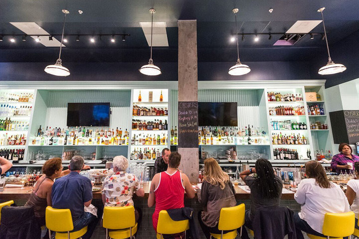 Hank's the Wharf, Washington DC - Bars to check out in DC this spring