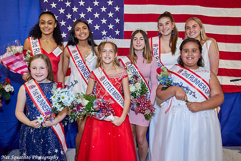 pageant group.jpg