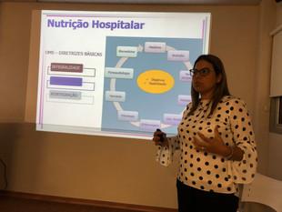 Palestrante Dra Luciane Peres sobre Nutrição Hospitalar. Assembléia de 2019