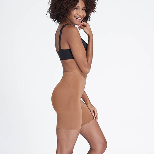 SPANX | OnCore Mid-Thigh Short