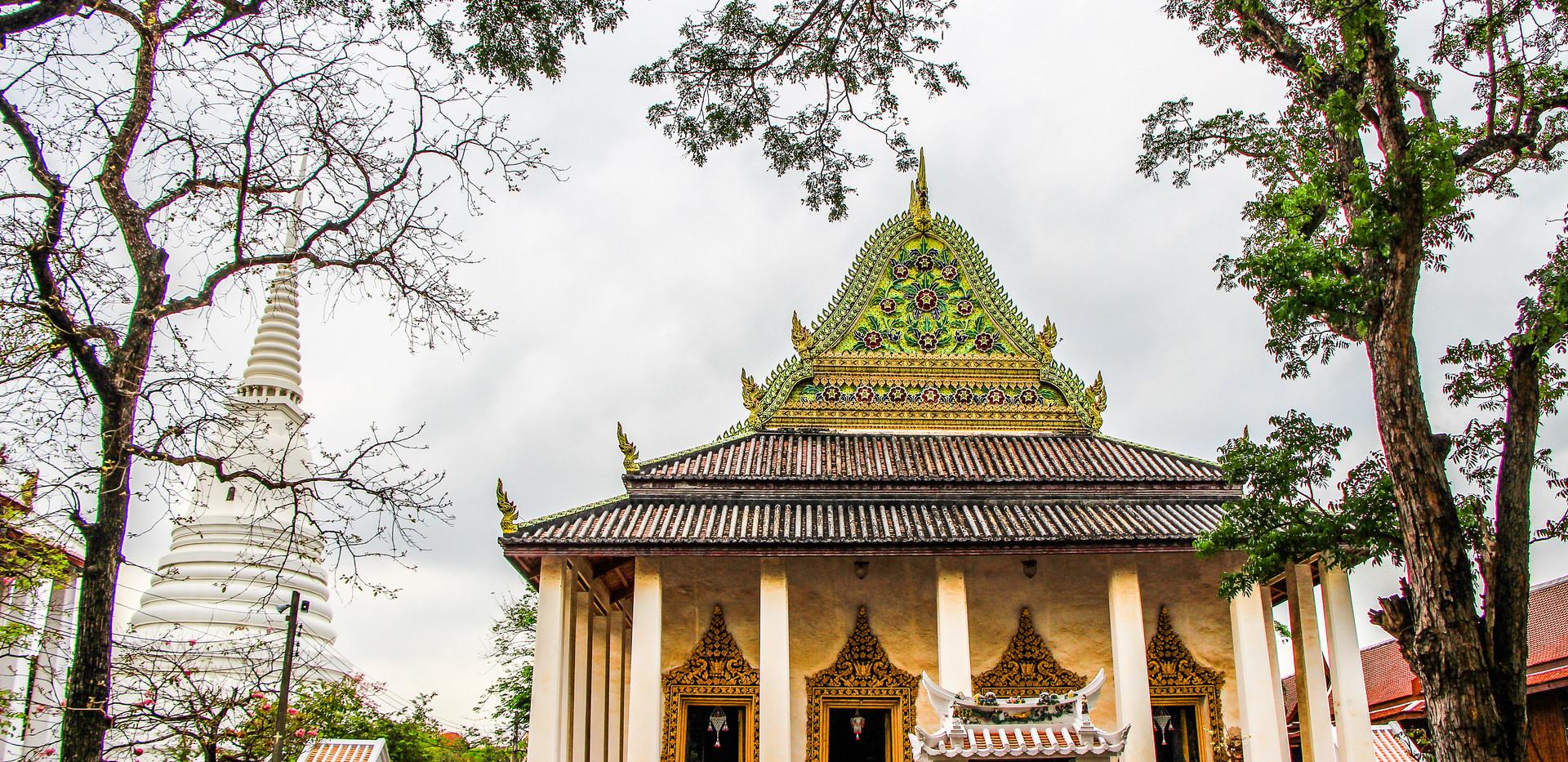 วัดเฉลิมพระเกียรติ นนทบุรี