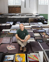 Zero Freitas, il collezionista che vuole possedere tutti i vinili del mondo.