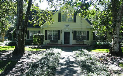 ... This Is A Great Brooksville Florida Renovated 1940u0027s Executive Vacation  Rental Home.