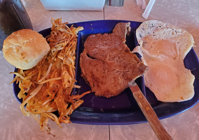 Breakfast Steak, Eggs and Hashbrowns