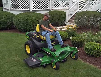 Old Hickory TN lawn mowing and landscaping.  Mt. Juliet TN lawn mowing and Mt. Juilet landscaping.  Lawn mowing services in Donelson TN and Hermitage TN lawn mowing and landscaping.
