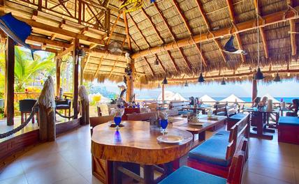 Blue Shrimp Puerto Vallarta lobby.  We have air conditioning