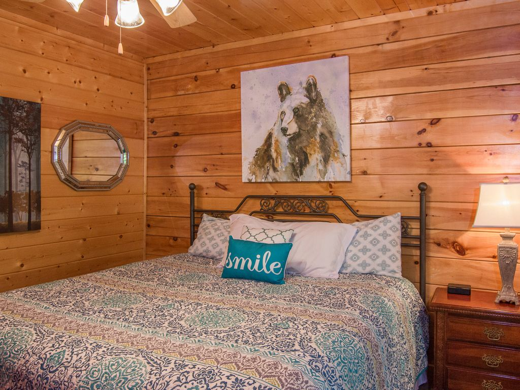 A Beary Good Time Cabin Rental