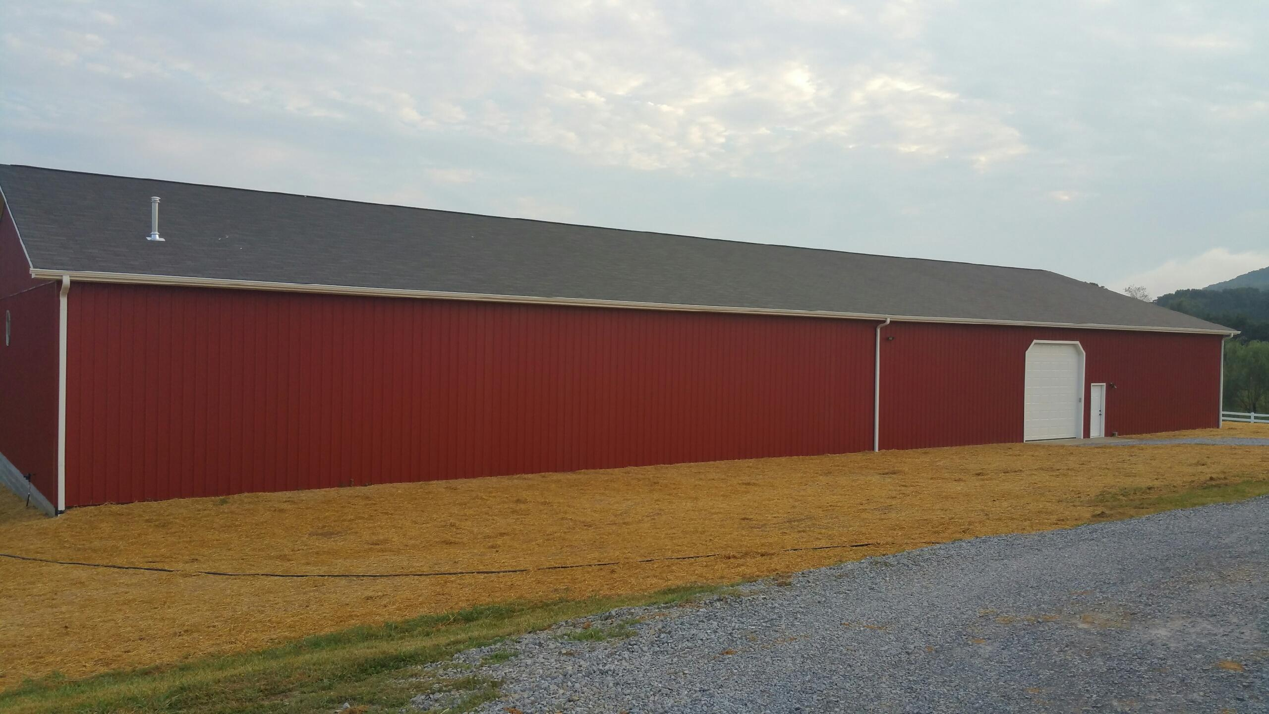 50' x 150' Pole Barn Outside