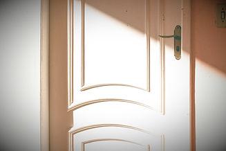 wooden%20door_edited.jpg
