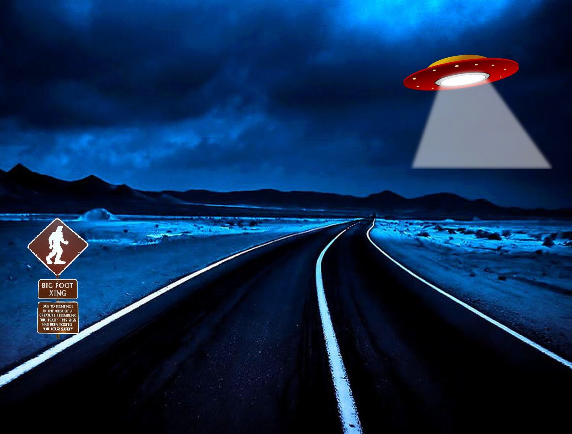 Alien spaceship in the desert - Area 51