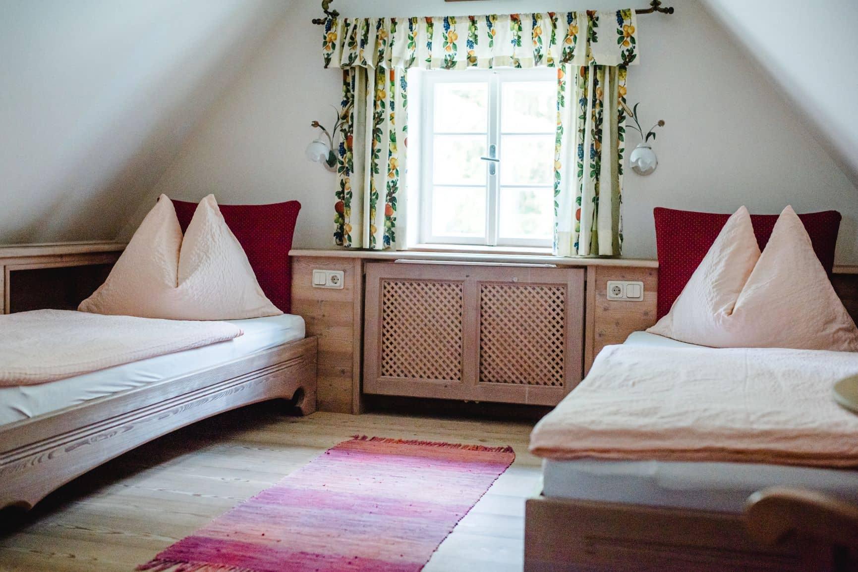 Zimmer 6 - Betten