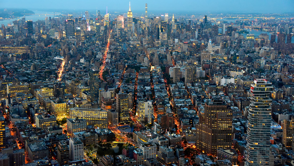 NY0872 Midtown Manhattan Nacht.jpg