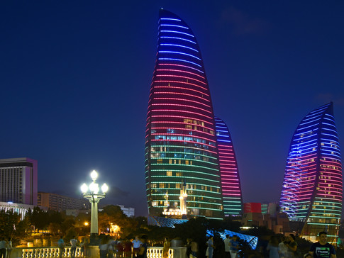 AR0009p Flame Towers Baku.jpg