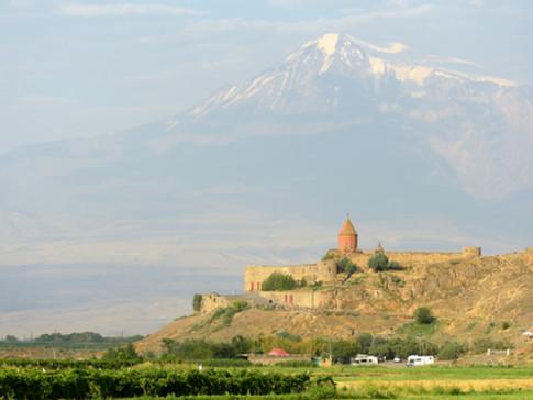 AR0003 Ararat Chor Virap.jpg