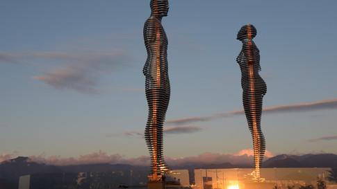 GE0007 Ali Nino Skulptur Batumi.jpg